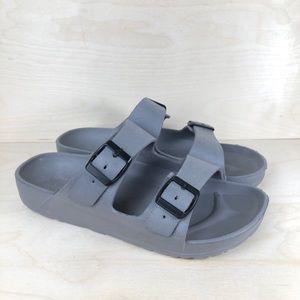 Shoes - Grey Sandals Size 8